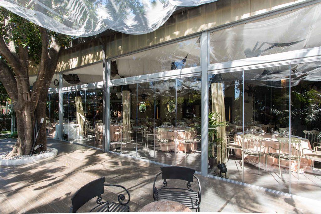 Cerramientos De Cristal En Restaurante De Marbella