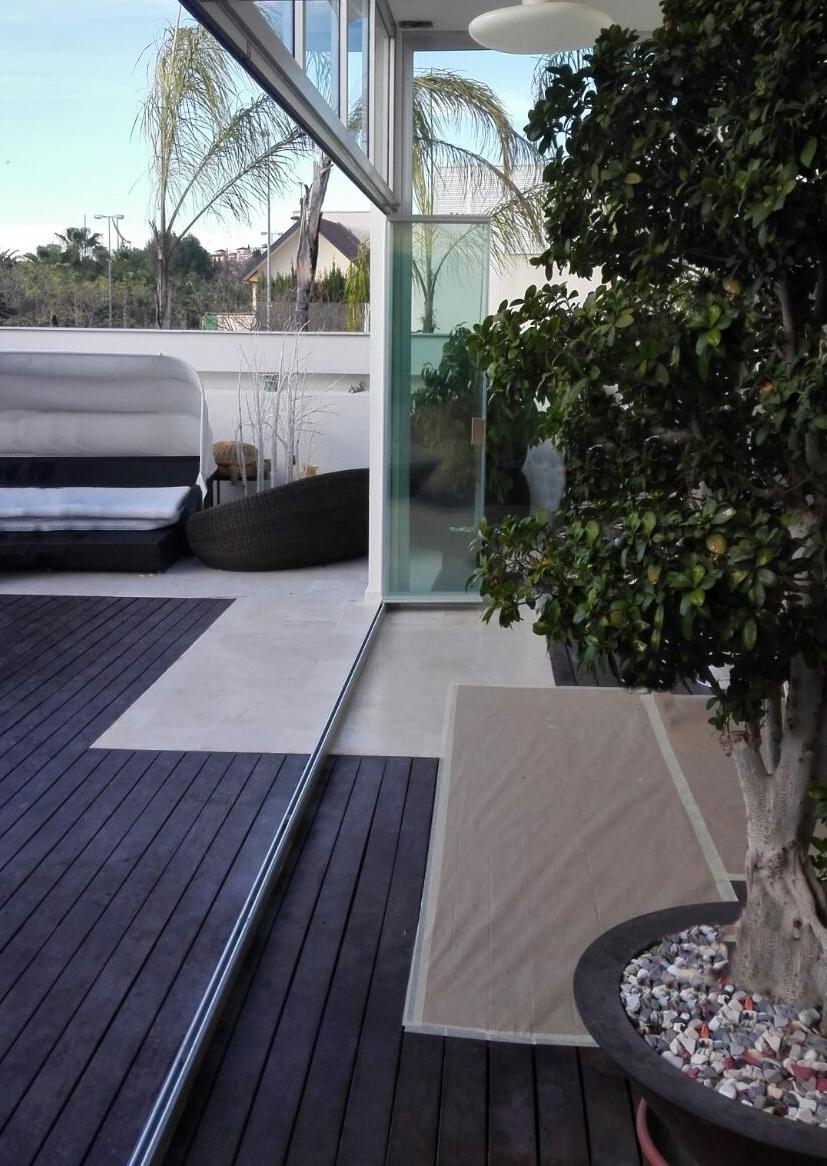 Cortinas de cristal en porche de Murcia