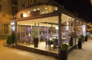 vetrata panoramica ristorante