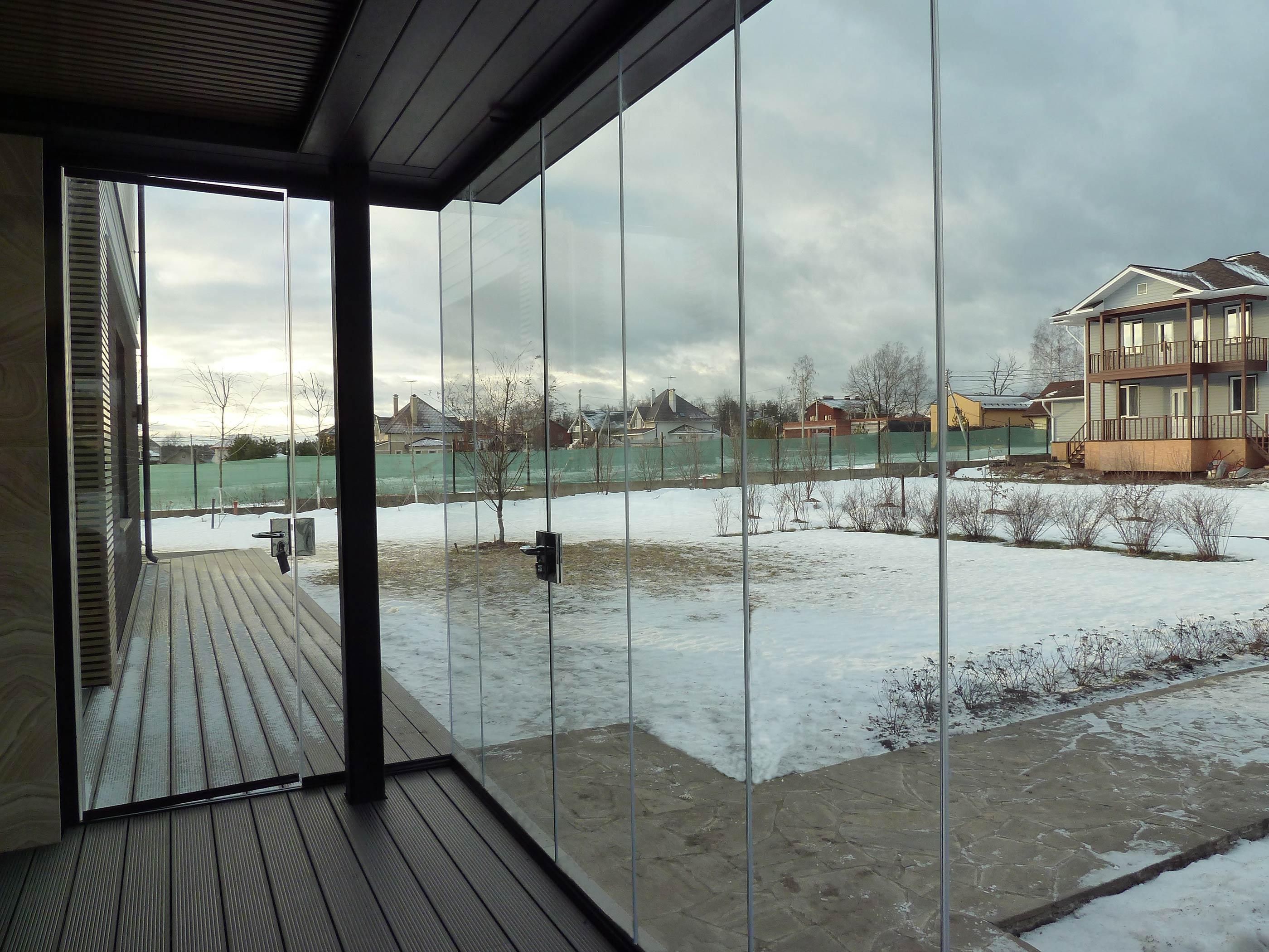 Cerramiento de cristal en porche de Moscú